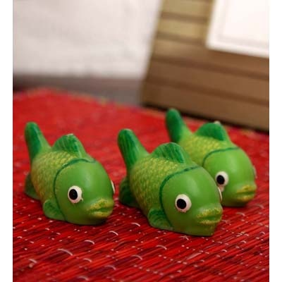 Blackberry Overseas Set Of 3 Decorative Fish Shaped Candles. - 4046153