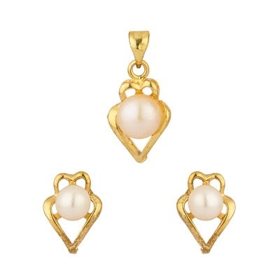 Voyalla Mesmerizing Without Chain Pendant Set With Pearl available at Paytm for Rs.345