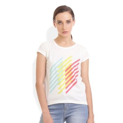 Voi Women's Off White T-shirt