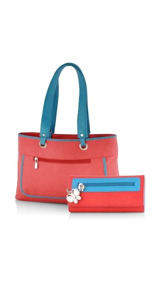 Women Carry Bag