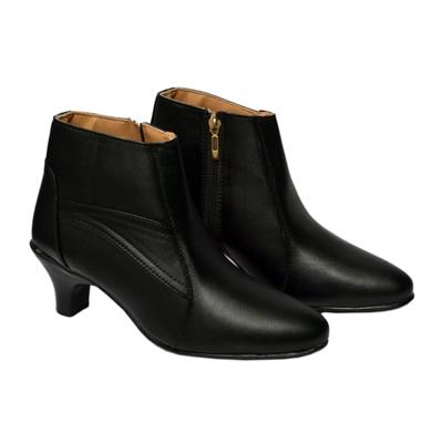 Belle Femme Women Black Boots