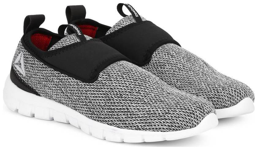f3c5b043 Reebok Tread Walk Lite Black Running Shoes men