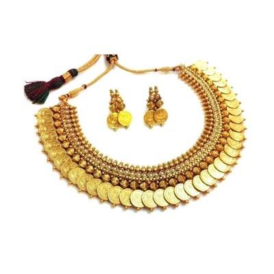 Alag Golden Necklace Set