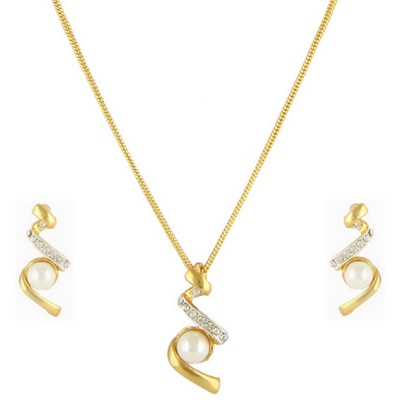 Dg Jewels 24K Gold Plated Bollywood Pretty Pearl Pendant Set-Cps8023