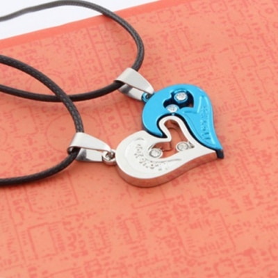 Giftipedia Couple Stainless Steel Love Heart Shape Pendant Necklace GPN33A