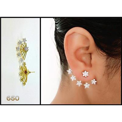 YouBella Gold Plated American Diamond Earcuff