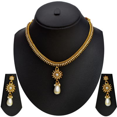 Pourni Necklace Set (Pearl Rava Design)